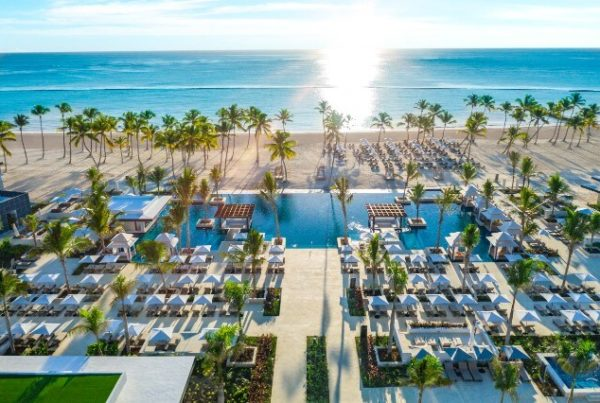 Pool, Hyatt Zilara Cap Cana. Photo courtesy of Hyatt Corporation.