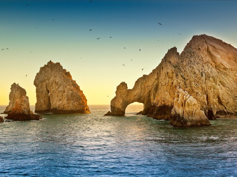 Image of El Arco, Los Cabos, Mexico in article about five things Maritur DMC is looking forward to sharing with business event planners.