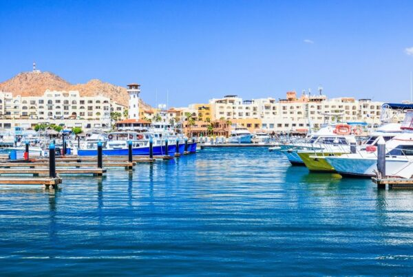 Sharecare has designated Los Cabos its first health security VERIFIED destination. Photo here shows marina at Cabo San Lucas, one the region's main towns. Photo by sorincolac from Getty Images Pro | Canva.